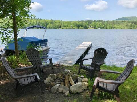 Lake Buel Cottage-GREAT SKI RENTAL-5 mins to Butternut!