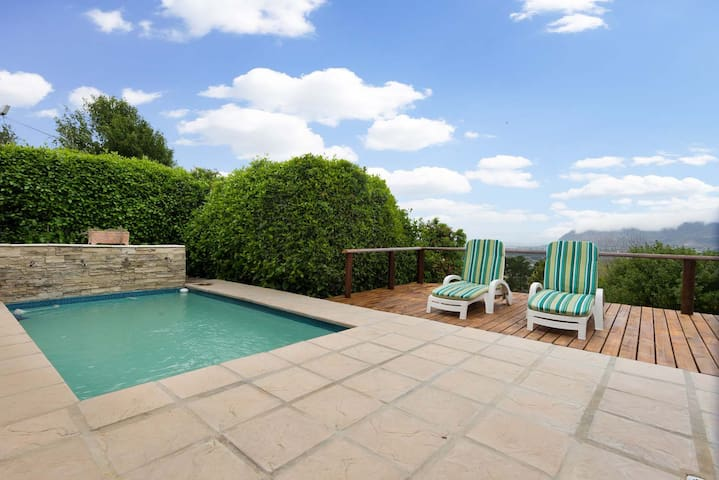 Constantia Vista: The Bay View Apartment