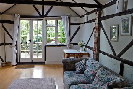 Avon Vale self catering cottage for two - Densome Wood - Hus