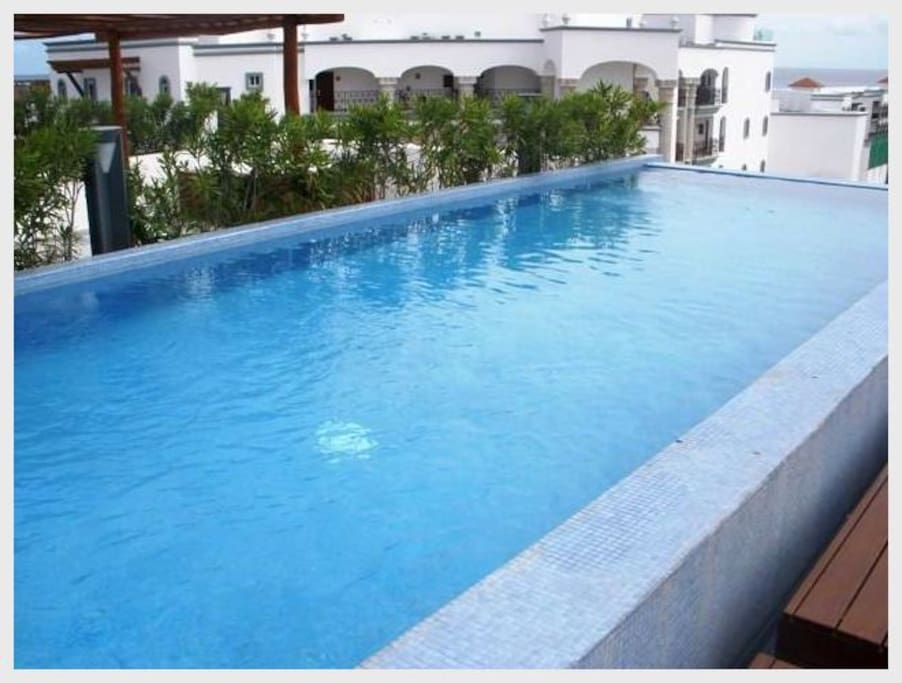 Pool, Water, Architecture, Building, Hotel