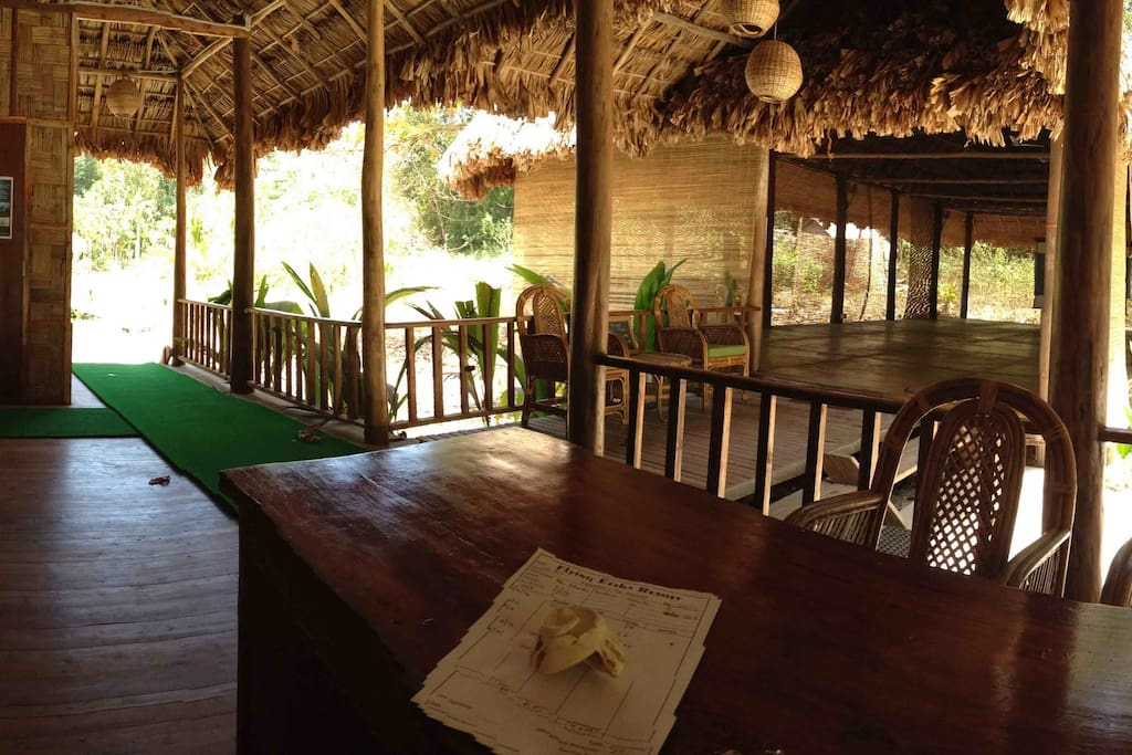Welcome to Flying Elephant Resort!