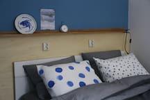 Aparte slaapkamer met tweepersoonsbed