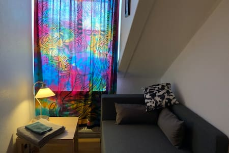 Small and smart room on the pulse of Mannheim