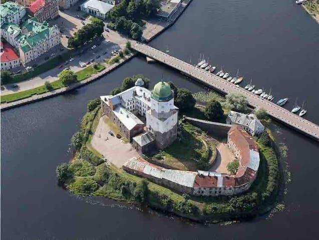 2х-уровневая мансарда с видом за Замок.