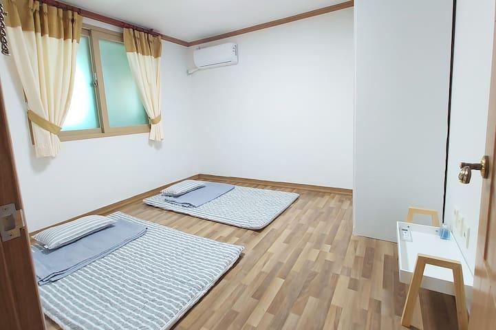 방 2(에어컨 O)