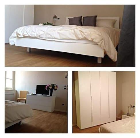 Luminosa stanza nel cuore della Franciacorta - Rovato - Apartment