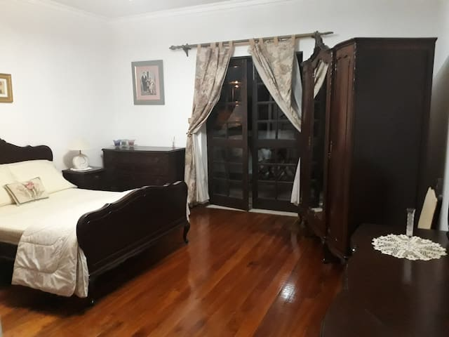 LARGE ROOM - With Private Bath & Terrace - LAGOS