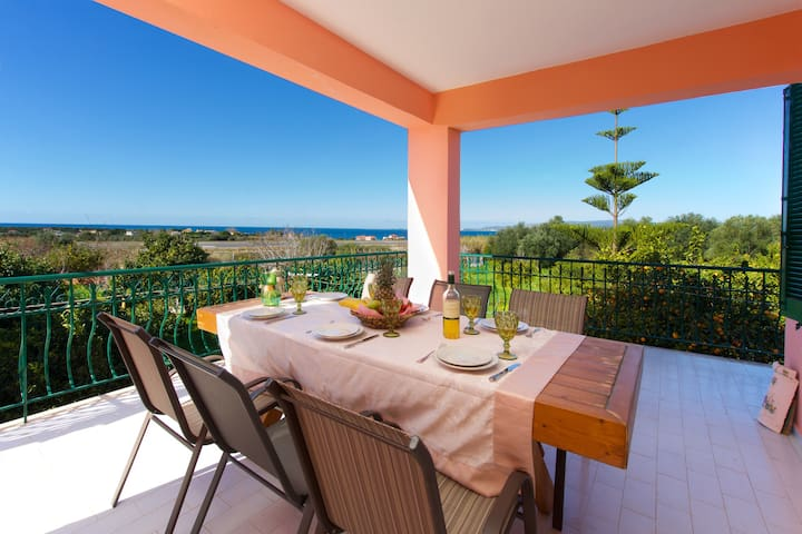 Ariadni floor apartment with spectacular sea view