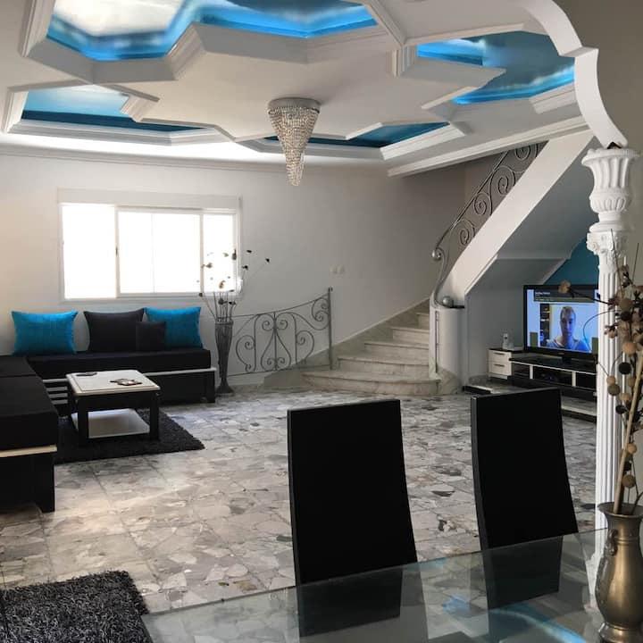 Villa Coloniale avec piscine
