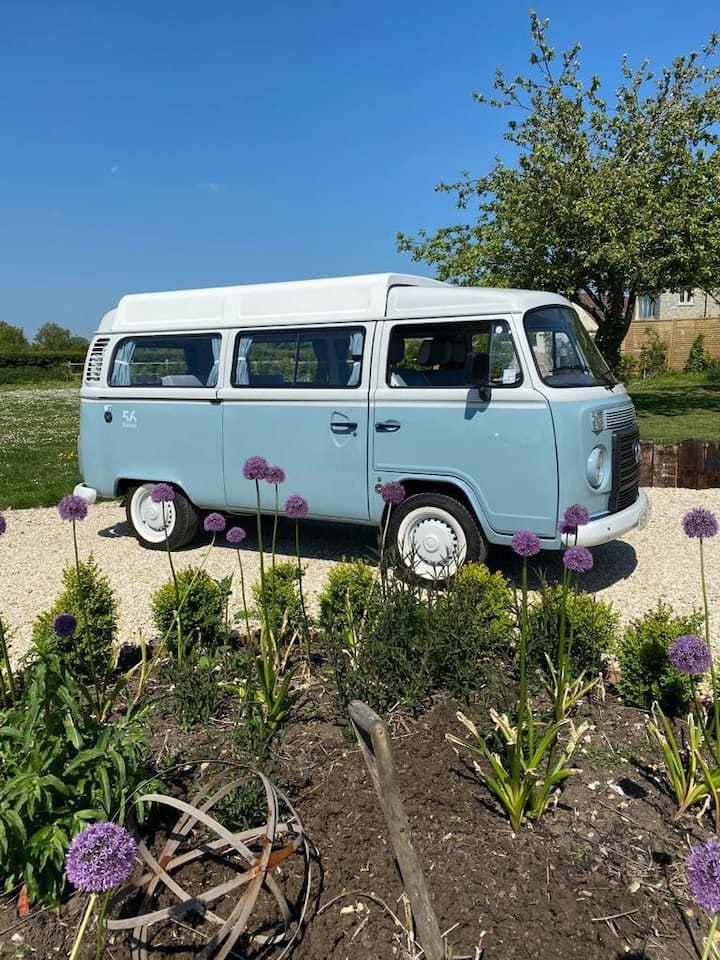 Bluebell VW T2 Classic Campervan Wedmore Somerset