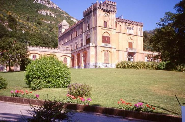 Appartamento Castello Colonna - Piano di Sorrento - Huoneisto