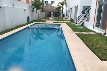 Lindo y espacioso penthouse, 2 recamaras, céntrico - Playa del Carmen
