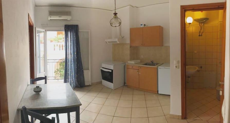 Kakia's apartments Spetses 3 (ΑΜΑ:310759)