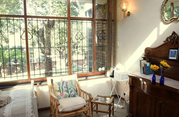 The Refuge — homely short-term stay