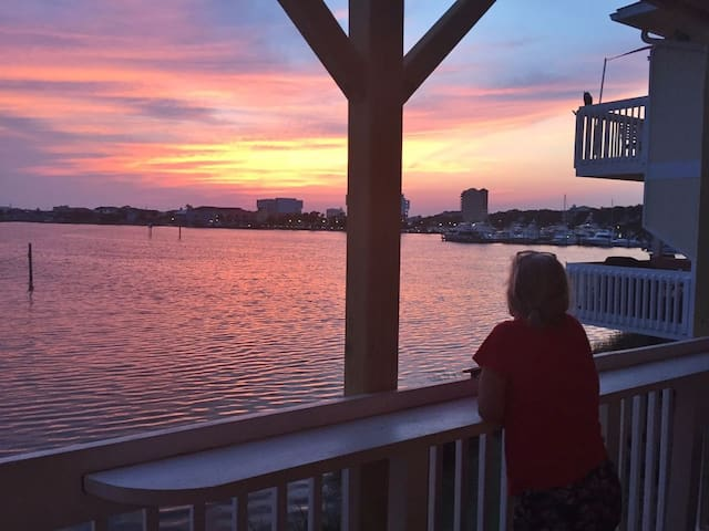The Gorgeous Sunsets, each evening, is just one of the Highlights of staying at 1229 Sandpiper Cove!
