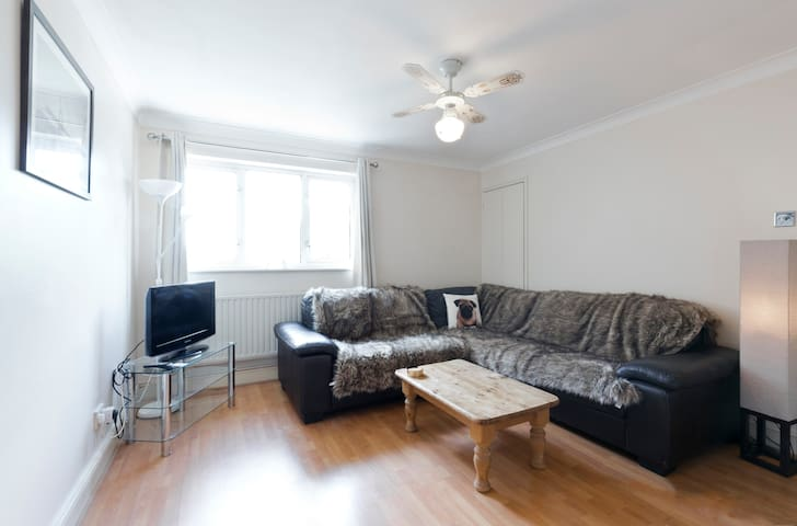 1 Bedroom Apartment in Leatherhead