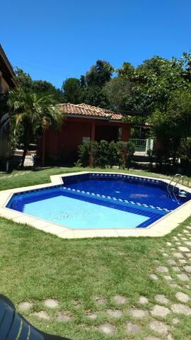Imovel condo c piscina a 100m praia Arraial dAjuda