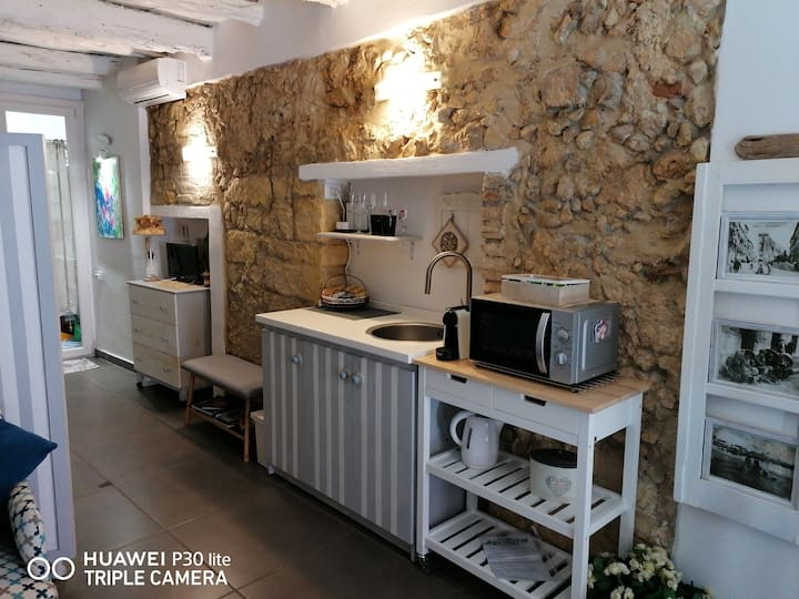 Cozy Loft in the heart of Cagliari - free Wi-Fi
