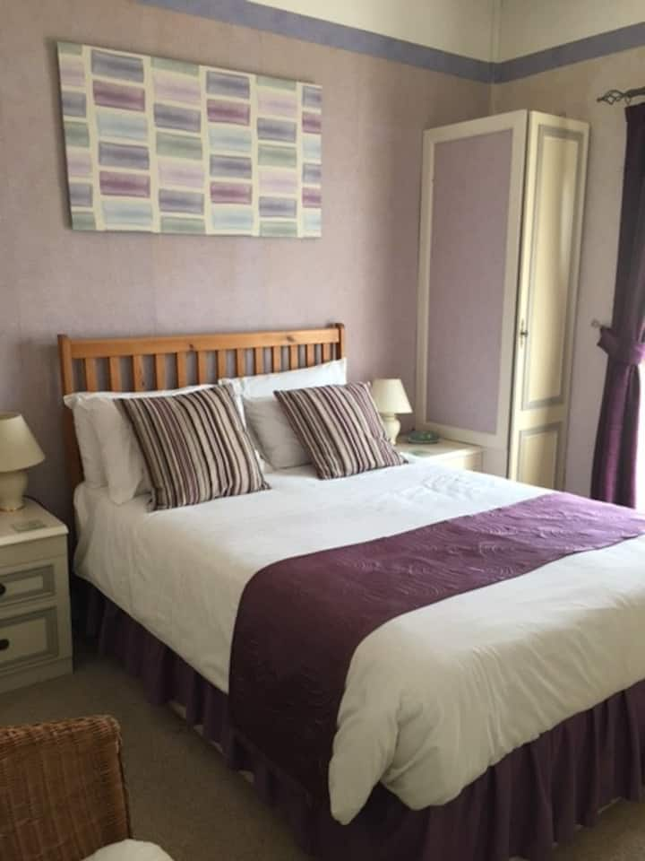 Victoria Lodge Serviced Accommodation Room 5