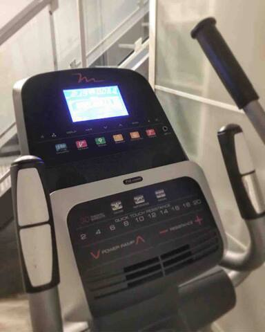 Brand new to unit 306 is the BowFlex Ultimate 2 and Freemotion Elliptical. Sign waiver located next to basket of towels before using the equipment.