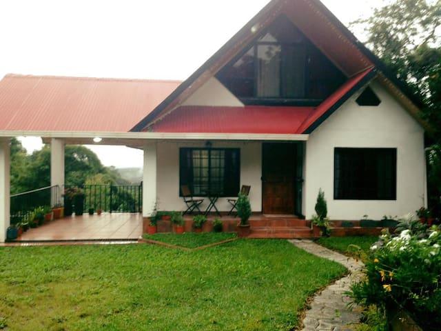 Cabaña Las Azaleas - Boquete - Houten huisje