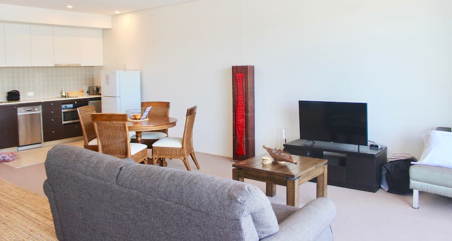 Apartment on the Cairns Marina