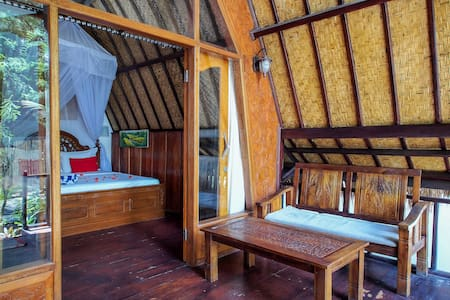 Luckys bungalow&bar(double room)no6