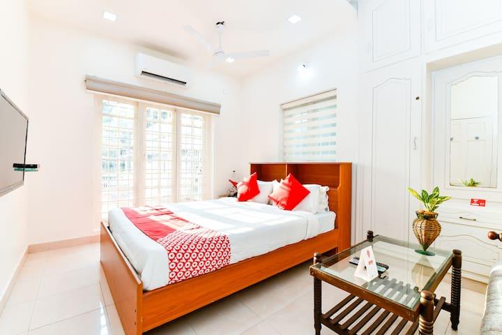 Adam's Cottage | Room with balcony