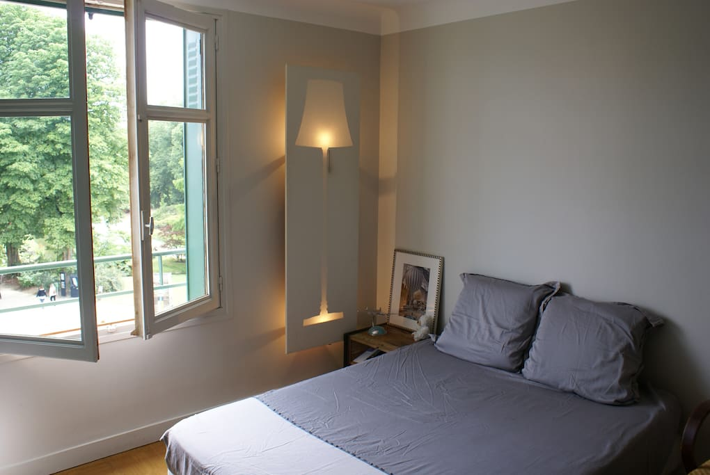 vous venez dormir chez moi ce soir guest houses louer. Black Bedroom Furniture Sets. Home Design Ideas