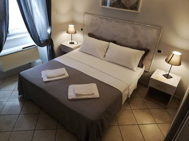 Double or triple room with private toilet