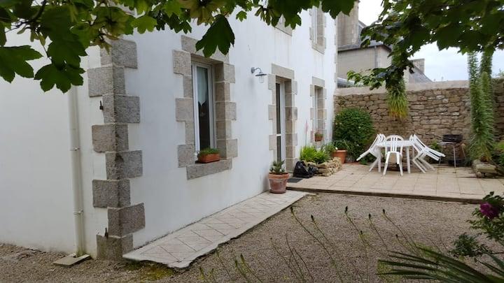 Maison de charme en pierre à Plouescat