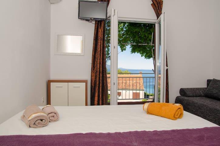 Room with a sea view, Gradac, Dalmatia - Gradac - Flat