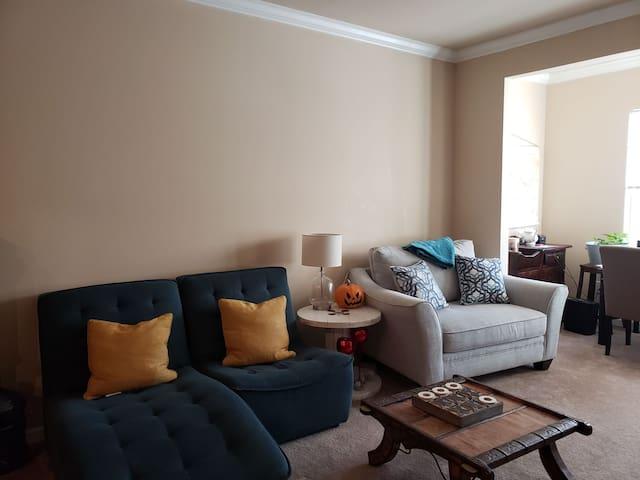 Apartment convenient to interstate 85