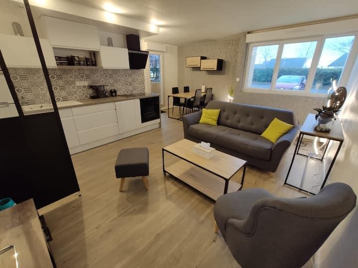 Logement avec terrasse, 2 chambres et parking