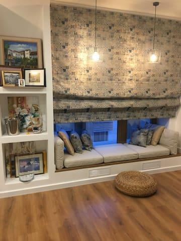 Современная красивая квартира в новом доме