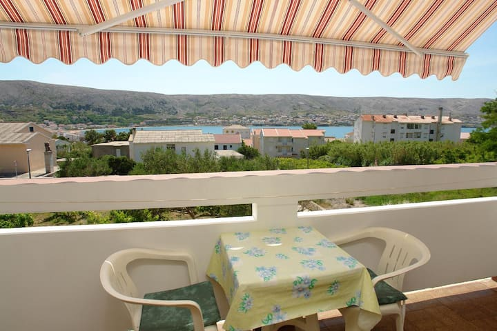 Studio flat with balcony and sea view Pag (AS-13060-a)