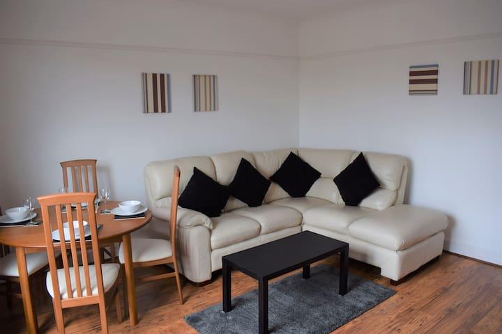 Kelpies Serviced Apartments- McCreadie
