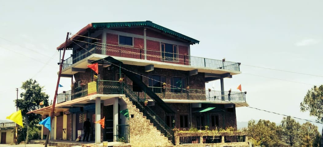 Nanda Devi Sunrise Resort, a home away from home!!