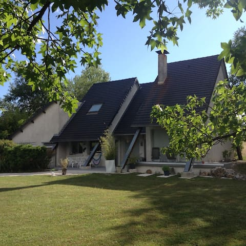 Maison à la campagne proche de Brive et Turenne