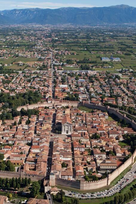 Airbnb Castelfranco Veneto Vacation Rentals Places To