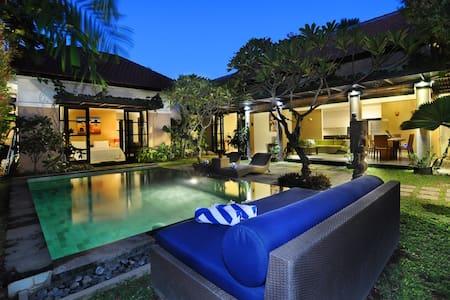 Beautiful private pool villa in Berawa,Canggu Bali - North Kuta
