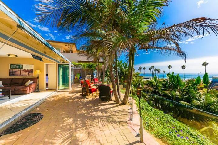 20% OFF AUG - Beautiful Beach Home, Walk to Water + Views!