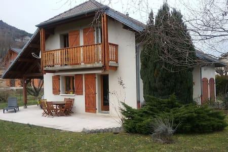 maison individuelle à la campagne - Saint-Baldoph