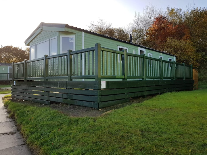 3 Bed 8 berth Parkdean's White Acres, Newquay