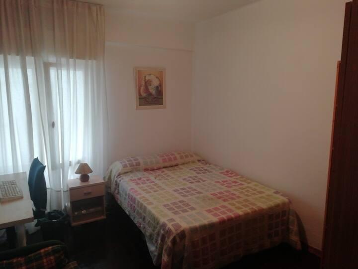 Habitación en vivienda en Oviedo
