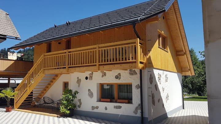 Chalet Zana Apartments Bled, Apartment 2