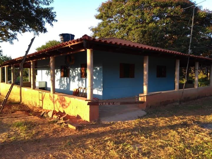 Rancho à beira do Rio São Francisco em Três Marias