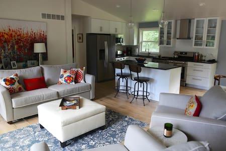 Modern Lakeside Home - Mayville