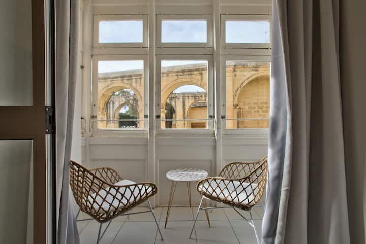 Barrakka Suites,  Balcony Suite, Central Valletta