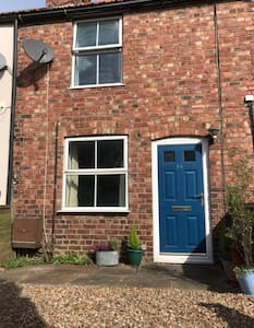 Attractive 2 bed cottage, in Hempton Fakenham
